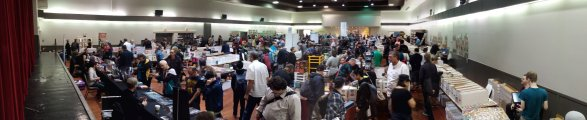 Vancouver Comic Show Pan Picture 03